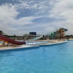 キッズプール充実。屋内プールも。稲毛海浜公園プール/市民レジャープール(関東、千葉県、千葉市)