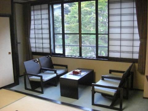 ろばた会席と米沢牛料理-季味の宿 山の季(山形県白布温泉)
