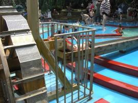 夏の水遊び場                          秋の水遊び場