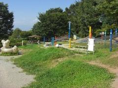 フワフワドームに虹のハンモックの遊具-シルクの里公園(山梨甲府・甲府南IC)